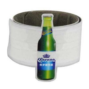 Custom slap band in PVC with off-set printing of alcoholic drink image. Size: 3 x 30 cm.